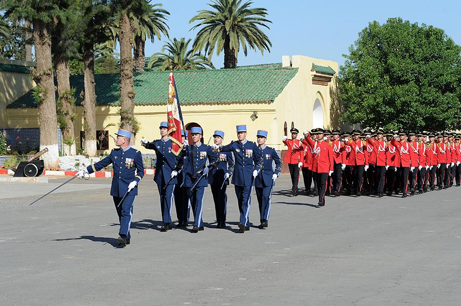 Coopération militaire Maroco - Française  - Page 3 EMIA-la-promotion-General-Delayen-au-Maroc-sur-les-traces-de-son-parrain-Mai-2015-Photo-10-C-Driss-BENMALEK