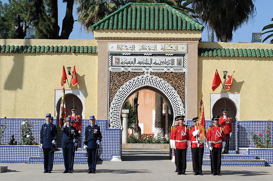 Coopération militaire Maroco - Française  - Page 3 EMIA-la-promotion-General-Delayen-au-Maroc-sur-les-traces-de-son-parrain-Mai-2015-Photo-11-C-Driss-BENMALEK