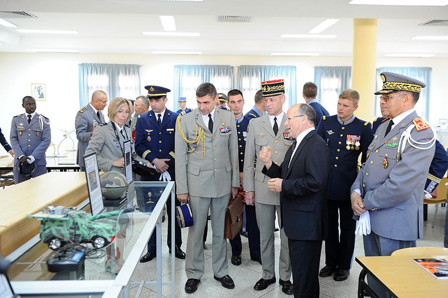 Coopération militaire Maroco - Française  - Page 3 EMIA-la-promotion-General-Delayen-au-Maroc-sur-les-traces-de-son-parrain-Mai-2015-Photo-15-C-Driss-BENMALEK