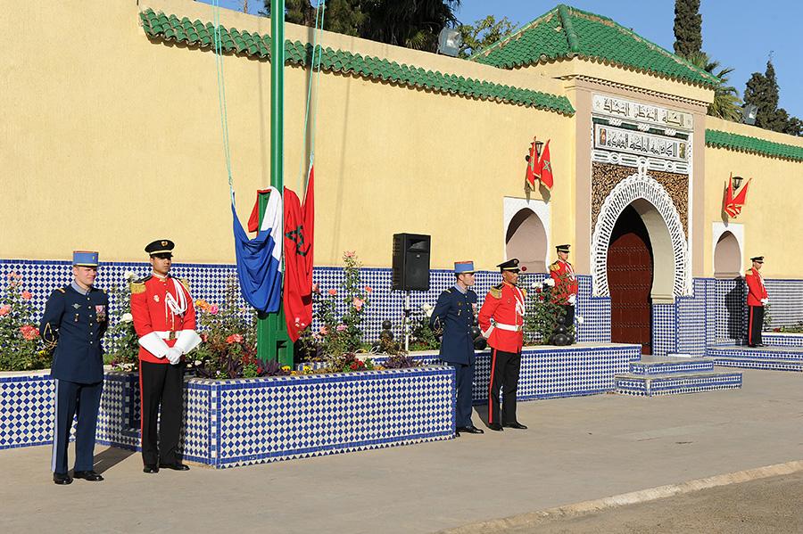 Coopération militaire Maroco - Française  - Page 3 EMIA-la-promotion-General-Delayen-au-Maroc-sur-les-traces-de-son-parrain-Mai-2015-Photo-2-C-Driss-BENMALEK