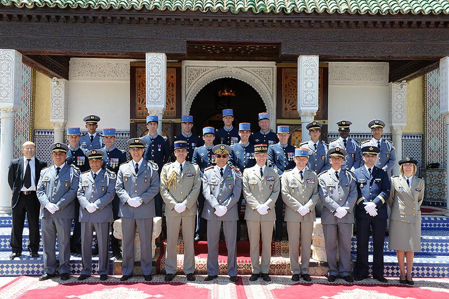 Coopération militaire Maroco - Française  - Page 3 EMIA-la-promotion-General-Delayen-au-Maroc-sur-les-traces-de-son-parrain-Mai-2015-Photo-28-C-Driss-BENMALEK